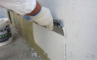 Как правильно выравнивать стены перед поклейкой обоев?