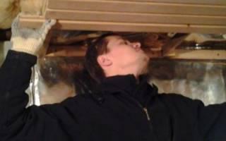 Как утеплить потолок внутри бани?