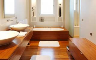 Покрытие пола в ванной комнате деревянного дома