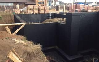 Монтаж гидроизоляции стен фундаментов