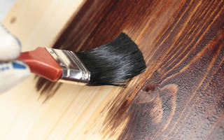 Покрытие деревянных стен внутри дома