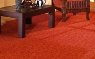 Как постелить ковролин на деревянный пол?
