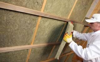 Как утеплить крышу из профнастила изнутри?