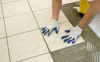Как правильно клеить плитку на пол?