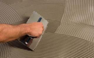 Можно ли клеем для плитки выровнять пол?